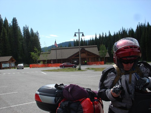 The Lolo Pass parking lot
