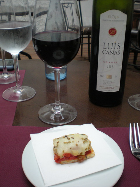 Crostini and Luis Canas rioja