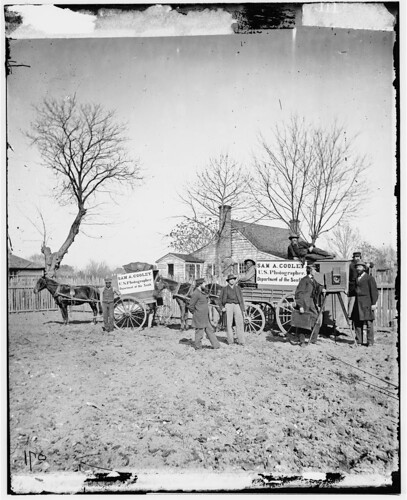 [Unknown location. Wagons and camera of Sam A. Cooley, U.S. photographer, Department of the South] (LOC)