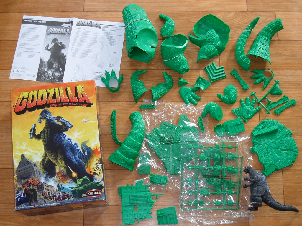 Godzilla King of the Monsters  Polar Lights Plastic Kit
