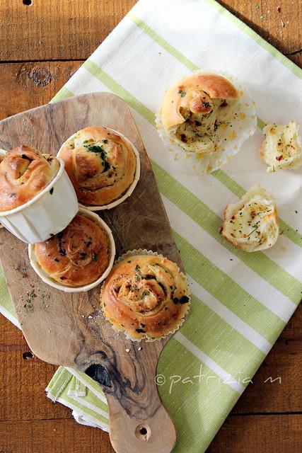 Panini all'aglio,olio e peperoncino - Bread roll with garlic oil and chilli