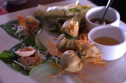 Prawn betel, money bag, duck roll