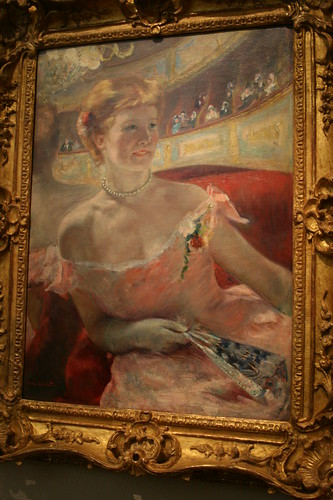 Woman with a Pearl Necklace in a Loge-Cassatt