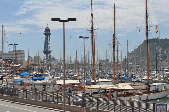 2011.07.25.279 - BARCELONA - Muelle de España - Puerto Viejo / Torre de Jaime I