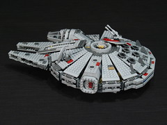 7965 Millennium Falcon Review: gunner stations