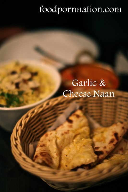 Garlic & Cheese Naan