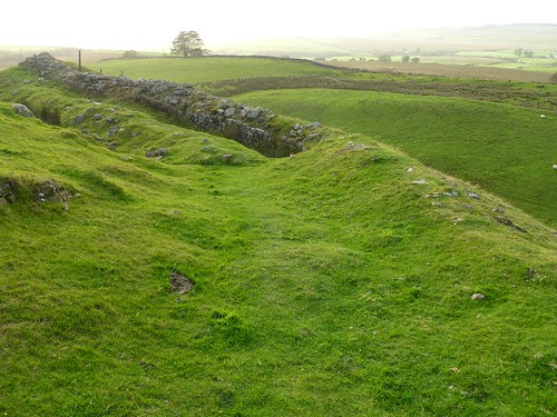 Mound into wall: the curtain wall revealed W of Milecastle 45