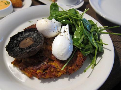 Chorizo Hash Brown, Mushroom, Poached Eggs