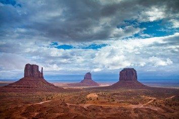 Monument Valley this morning