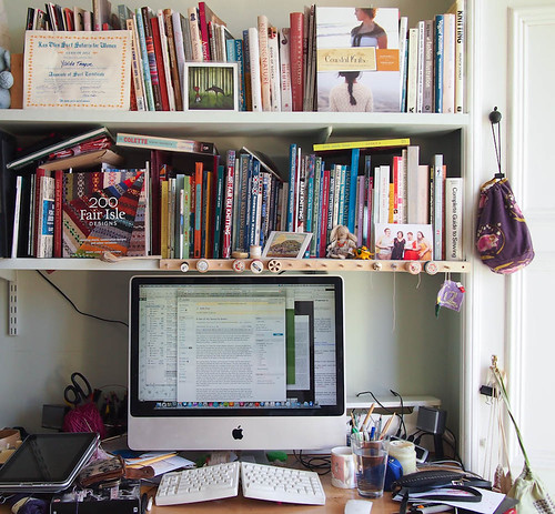 craft library + desk.jpg