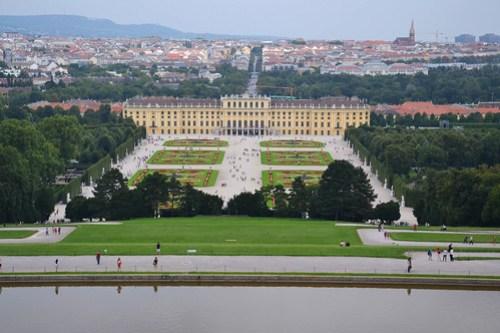 Vistas del palacio de Schönbrunn desde la Glorieta