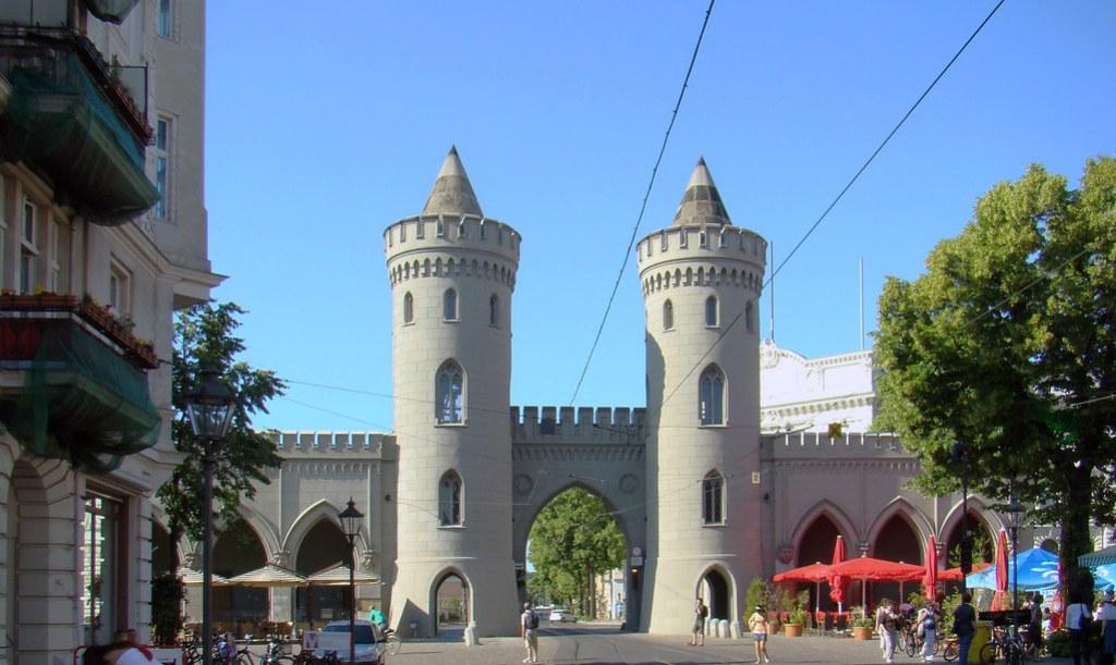 Puerta de Nauen de Potsdam Alemania