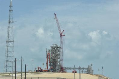 Construcción de la nueva lanzadera El último viaje del Transbordador Espacial desde Cabo Cañaveral El último viaje del Transbordador Espacial desde Cabo Cañaveral 5922901832 61b370fa97 o