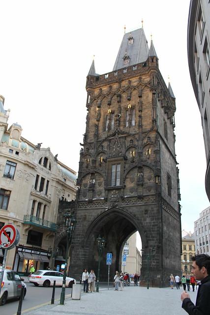 Porte de la poudrière, Prague