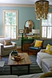 Blue living room + colorful accents: Benjamin Moore 'Wythe ...