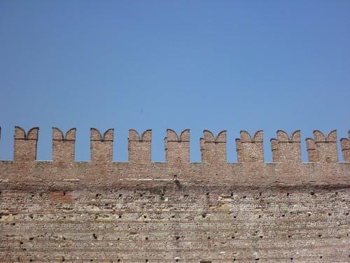 Castelvecchio - M merlons