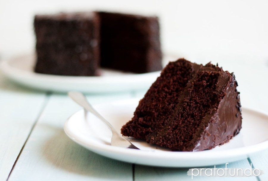 Bolo de Chocolate | Dark Chocolate Cake (with Mayo)