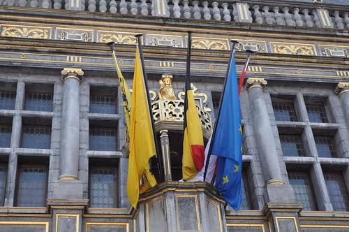 2011.09.25.130 TOURNAI - Grand'Place - Halle aux Draps