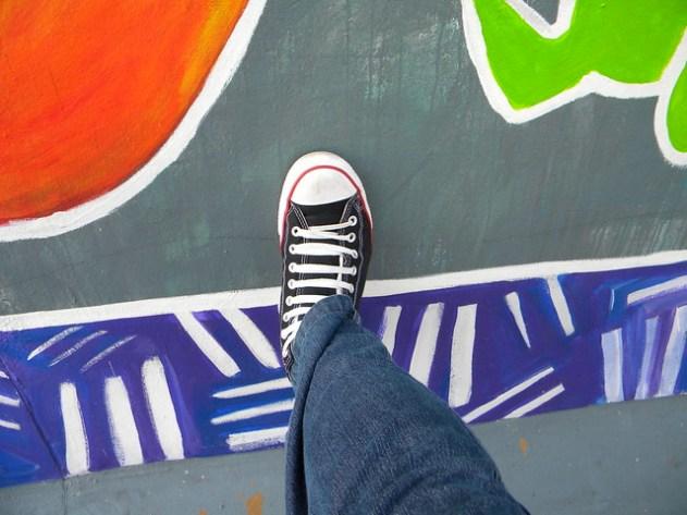 O Muro de Berlin - lado ocidental - meu pé