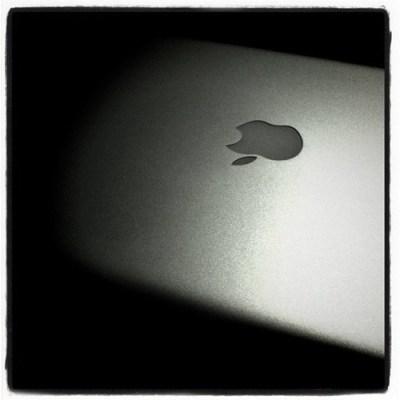 Mac Book