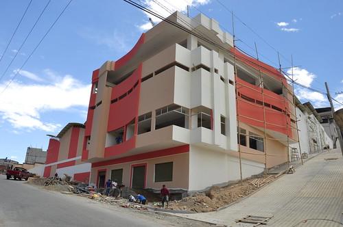 Avance en la construcción del moderno Mercado y Centro Comercial Popular de Piñas / septiembre 2011
