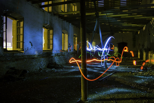 "028/365 ""Experimento II: Light Painting"" by Flickr Jiménez (Pedro Nog)"