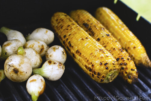 Grilled corn and spring onions