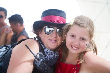 534BurningMan2011_MikeHedge_8450_7D