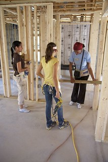 Habitat For Humanity 7th Women Build. Miami (day 4)