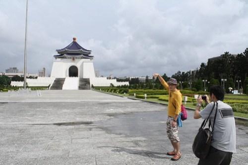 [台湾2.5] 人気観光スポット中正紀念堂で定番の撮影