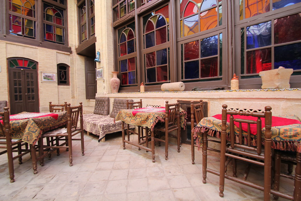 Shiraz Niayesh Traditional Hotel