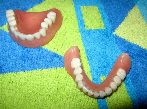 Dentures Uppers and lowers