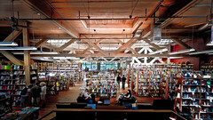 Elliott bay: Seattle's legendary independent b...