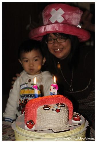 [心情]荃荃18歲生日會~喬巴蛋糕好可愛! @VIVIYU小世界