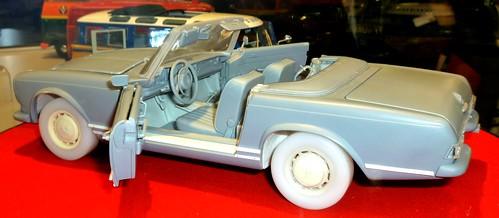 Schuco Mercedes 230SL