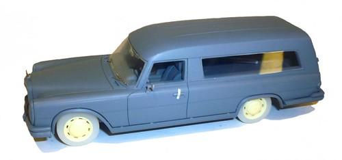 Schuco MB 600 Bestattungswagen