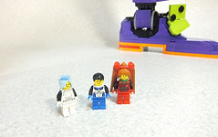 "Lego EVA 5 • <a style=""font-size:0.8em;"" href=""http://www.flickr.com/photos/66379360@N02/8687374555/"" target=""_blank"">View on Flickr</a>"
