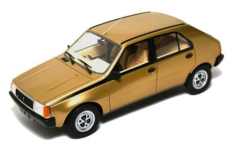 Ottomobile Renault 14
