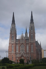 "Catedral de la Plata • <a style=""font-size:0.8em;"" href=""http://www.flickr.com/photos/76041312@N03/7006678541/""  on Flickr</a>"