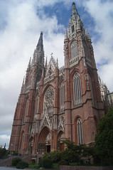 "Catedral de la Plata • <a style=""font-size:0.8em;"" href=""http://www.flickr.com/photos/76041312@N03/6860589912/""  on Flickr</a>"