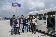 Syrian opposition members visiting the Syrian ...