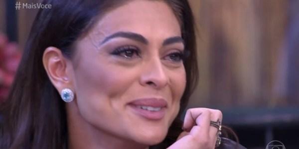 """Juliana Paes chora ao receber declaração do marido no """"Mais Você"""""""