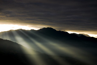 光.   Light