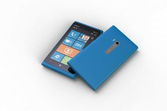 700-nokia-lumia-900_duo