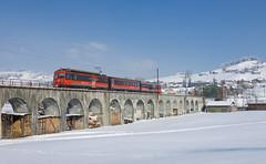 AB-Pendelzug auf dem Sitterviadukt