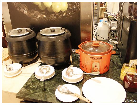 [美食.桃園]桃園中信飯店.安德烈餐廳~甜點較佳 @VIVIYU小世界