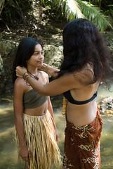 ina'tattiyi famalao'an, A Line of Women