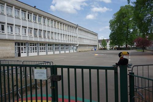 Lundi 9 mai, Pelico est à Arras ! Ici, devant l'école Oscar Cléret.