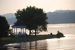 Claytor Lake State Park sunrise in June - Poin...