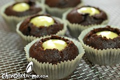 Cupcakes de plátano, nueces y triple chocolate